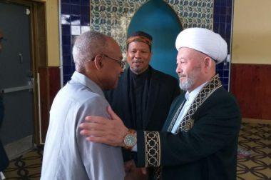 Муфтий ҳазрат Вашингтондаги мусулмонлар билан учрашди