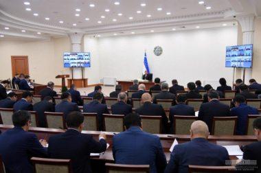Шавкат Мирзиёев: Одамларга нима манфаат келтирса, шуни қиламиз