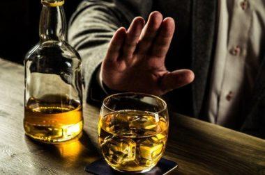Йирик тадқиқот натижаси эълон қилинди: алкоголнинг ҳар қандай миқдори инсультга олиб келади