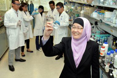 Муслима олима беш дақиқада коронавирусни аниқлайдиган тест ишлаб чиқди