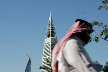 Саудия Арабистонида коронавирусга қарши эмланмаганларнинг ишга чиқиши тақиқланади